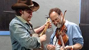Ken Waldman and Willi Carlisle play together - fiddle and guitar